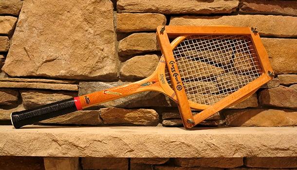 wooden-tennis-racket
