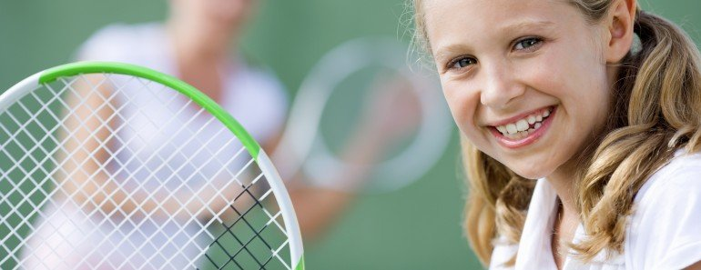 How to Buy a Kid's Tennis Racket