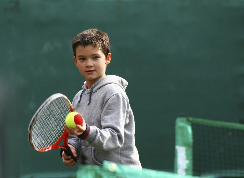 how to train your kid to play tennis
