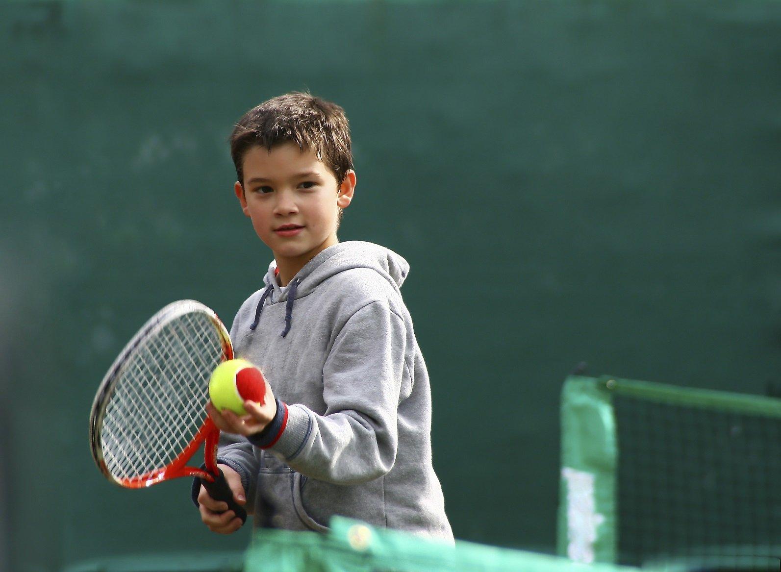 3 Ways to Introduce Kids to Tennis